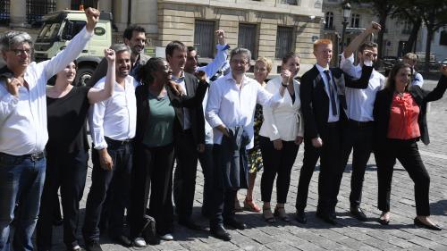 """Assemblée nationale : """"N'en faites qu'à votre tête"""", conseille Jean-Luc Mélenchon à son groupe des Insoumis"""