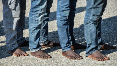 Italie : en Calabre, les migrants africains exploités dans les champs par des réseaux mafieux
