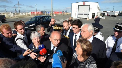 Migrants : trois choses à retenir de la visite de Gérard Collomb à Calais