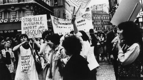"""Il y a 40 ans, elles participaient à la première Marche des fiertés : """"On était encore les anormaux"""""""