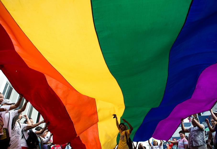 EN IMAGES. Une semaine de marches LGBT à travers le monde