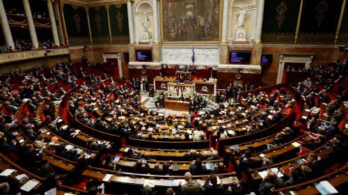 VIDEO. Législatives : d'anciens députés ont trouvé la parade pour préserver leur pouvoir d'achat