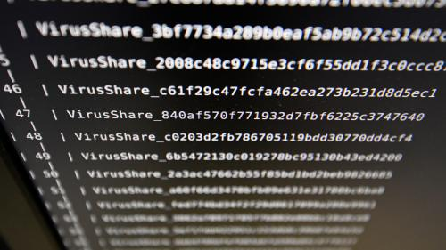 """Nouvelle cyberattaque mondiale : """"On est face à une menace qui n'est pas près de s'arrêter parce qu'elle est très lucrative"""""""