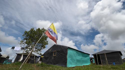 Colombie : la guérilla des Farc a achevé la remise de ses armes, annonce l'ONU