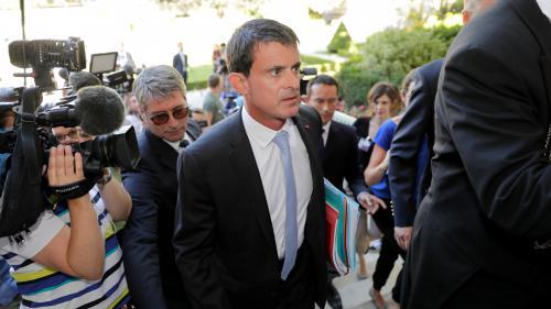 L'ancien Premier ministre Manuel Valls annonce qu'il quitte le Parti socialiste