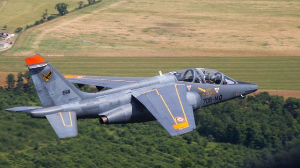L'armée de l'Air ouvre une enquête interne sur un général soupçonné d'utiliser un Alpha Jet pour des déplacements privés