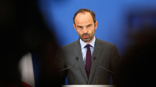 """Budget : """"Nous nous engageons à contenir le déficit à 3% dès cette année"""" et sans augmentation d'impôts, affirme le Premier ministre, Edouard Philippe"""