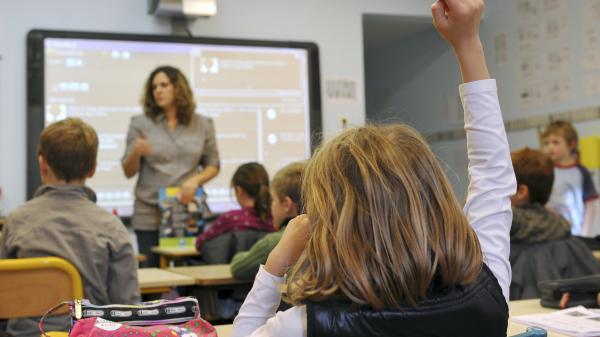 Éducation : les écoliers français peinent à apprendre à lire