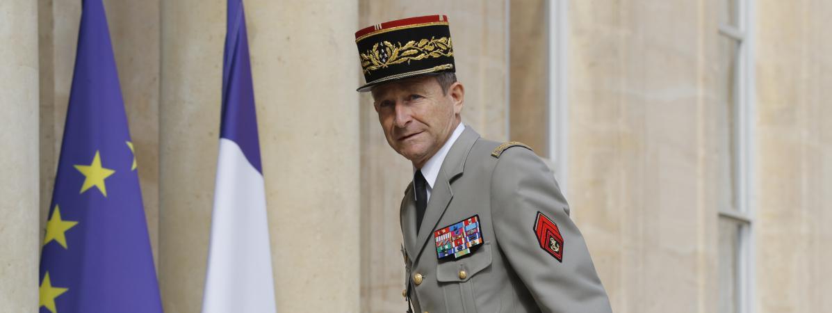 Lechef d\'état-major des armées, Pierre de Villiers, à son arrivée à l\'Elysée pour un sommet franco-allemand, le 13 juillet 2017.