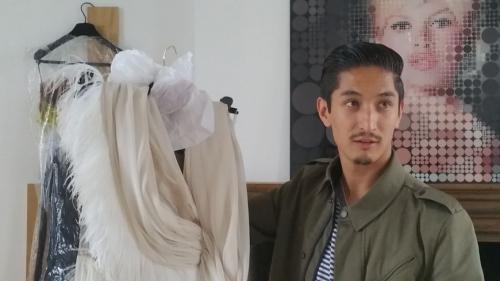 L'histoire hors du commun d'un jeune migrant afghan devenu styliste de haute couture