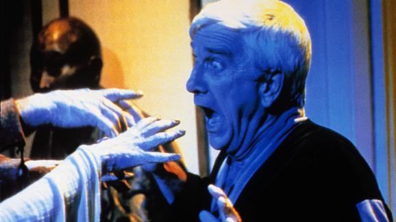 Une scène extraite du film &quotCreepshow&quot de George A. Romero, avec l'acteur Leslie Nielsen.