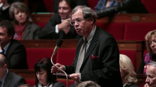 """VIDEO. Obligation d'aller à """"McDo"""", fin des """"tournées au bar""""... Des députés s'opposent à la suppression de l'IRFM"""