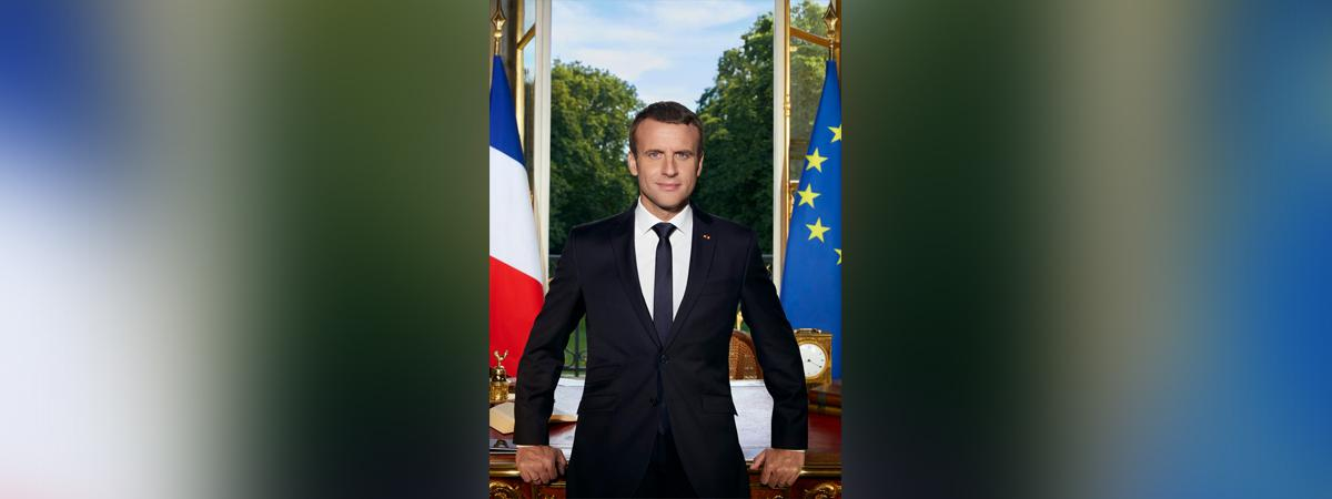 portrait officiel de macron plus grand que les pr u00e9c u00e9dents