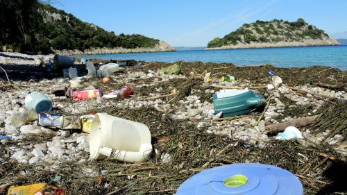 Transport aérien : 5 millions de déchets produits par les passagers