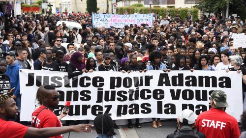 Val-d'Oise : trois gendarmes blessés après la marche pour Adama Traoré