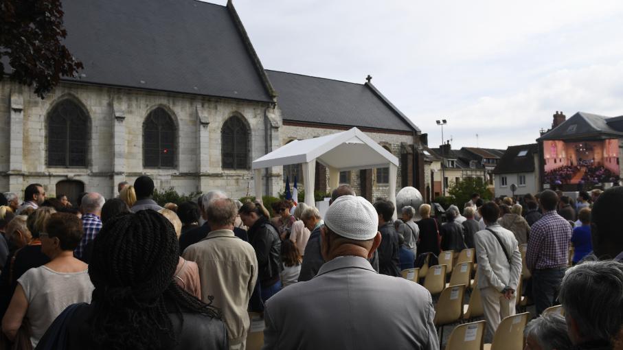 Attentat saint tienne du rouvray les habitants for Frazzi saint etienne du rouvray