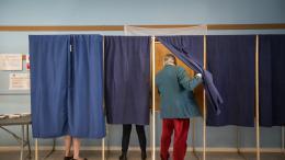 Bureaux De Vote Bordeaux : Municipales juppé s accroche à la mairie de bordeaux