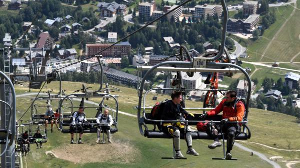 VIDEO. Faute de neige au glacier des Deux-Alpes, il n'y aura pas de ski pour les vacances de la Toussaint