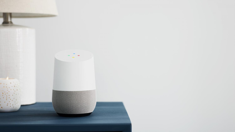 l 39 enceinte connect e google home arrive en france on a test pour vous. Black Bedroom Furniture Sets. Home Design Ideas