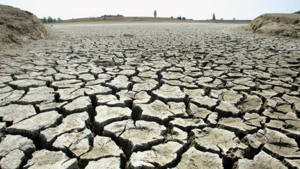 Sécheresse : déjà des restrictions d'eau
