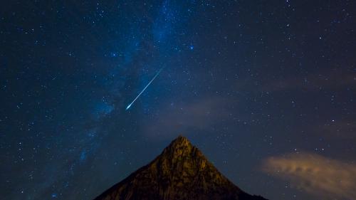 """Des Alsaciens ont vu """"une énorme boule bleue"""" dans le ciel, peut-être un météore Nouvel Ordre Mondial, Nouvel Ordre Mondial Actualit�, Nouvel Ordre Mondial illuminati"""