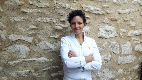 Fanny Rey, chef du restaurant &quotL'Auberge de Saint Rémy&quot à Saint-Rémy-de-Provence.