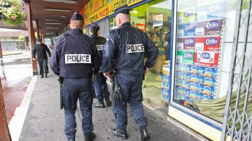 VIDEO. A quoi ressemblera la police de proximité qui doit être mise en place à la fin de l'année ?