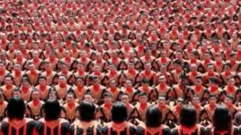 Indonésie : 12 262 danseurs contre la déforestation