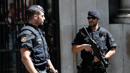 Attentats en Catalogne : la Kangoo blanche signalée à la police française a été retrouvée en Espagne