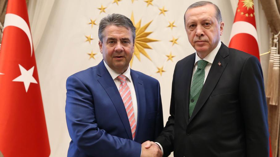 francetvinfo.fr - franceinfo avec AFP - 'Qui es-tu pour parler au président de la Turquie ?' : Erdogan s'en prend au chef de la diplomatie allemande