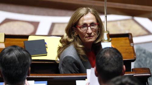 """Autoriser des portables bridés en prison """"n'a rien d'absurde"""", selon la ministre de la Justice"""