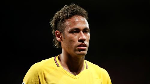 Neymar engage une procédure judiciaire contre son ancien club, le FC Barcelone