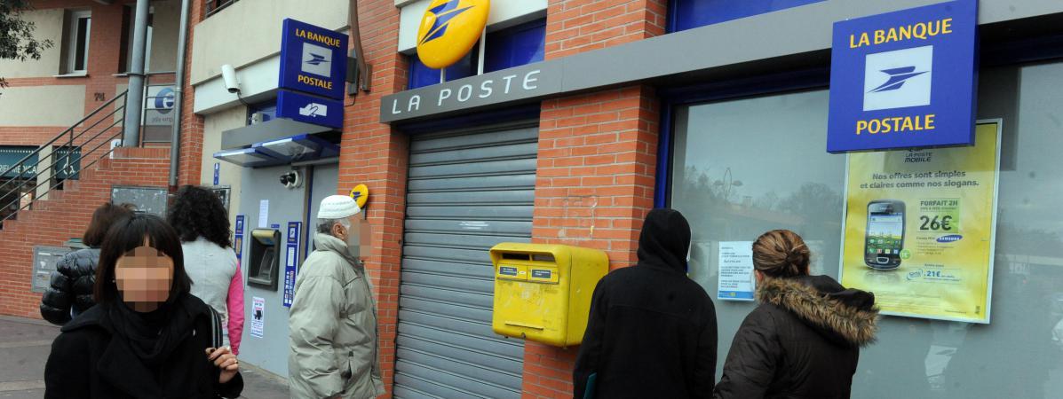 Acquitt dans une affaire de braquages un ancien directeur de bureau de poste est menac de - Bureaux de poste marseille ...
