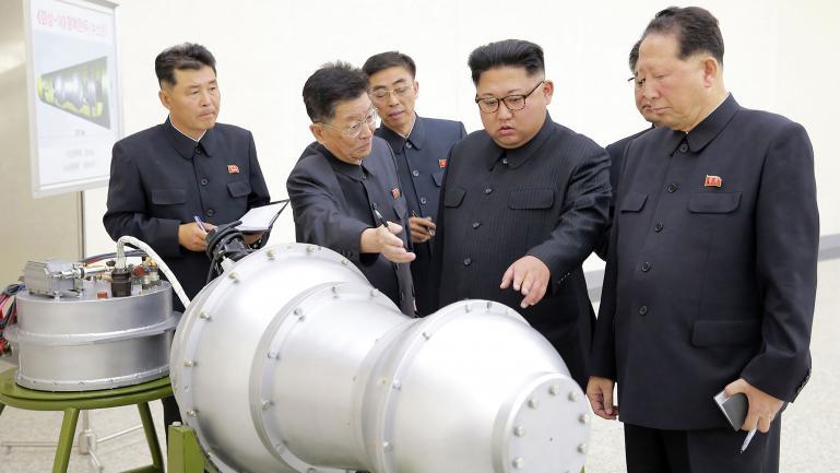 Le leader de la Corée du Nord,Kim Jong-Un, photographié par l\'agence du régime.