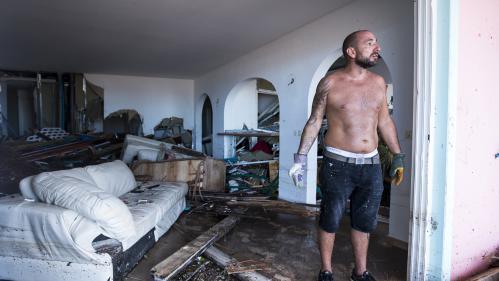 """VIDEO. """"Un monstre nous est tombé sur la tête"""" : à Saint-Martin, des habitants ont """"tout perdu"""""""