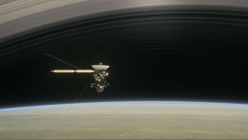 DIRECT. Cassini va amorcer son ultime plongeon vers Saturne, vingt ans après son lancement