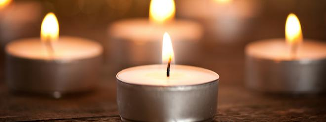 les bougies parfum es et l 39 encens sont consommer avec mod ration. Black Bedroom Furniture Sets. Home Design Ideas