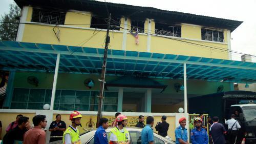 Malaisie : vingt-quatre morts dans l'incendie d'une école