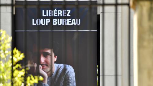 """Journaliste français détenu en Turquie : pour la justice turque, Loup Bureau est membre """"d'un groupe terroriste armé"""""""
