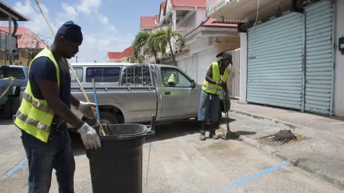 Ouragan Irma : à Saint-Martin, les autorités sanitaires veillent au grain face aux risques d'épidémies