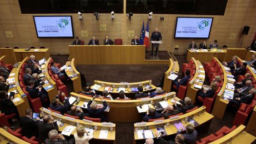 Sénatoriales : le long travail des candidats de La République en marche pour convaincre les grands électeurs