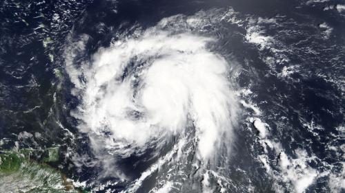 """DIRECT. L'ouragan Maria passe en catégorie 4 et devient """"extrêmement dangereux"""""""