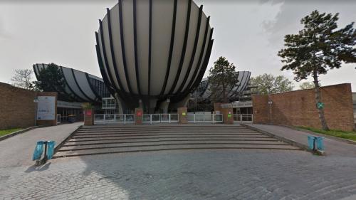 Reims : des migrants sur le campus de l'université, 8000 étudiants privés de cours