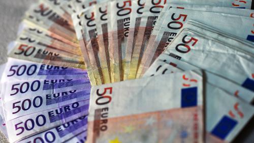 Des toilettes suisses bouchées par des liasses de 500 euros