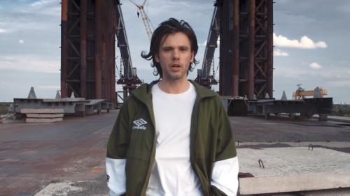 VIDEO. Le rappeur Orelsan dévoile un morceau inédit pour annoncer la sortie de son nouvel album