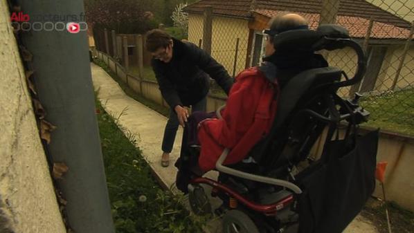 FranceTV info, L'allocation adulte handicapé réévaluée à 860 euros fin 2018