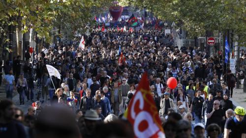 DIRECT. Loi travail : 132 000 personnes ont manifesté en France selon la police, un chiffre en nette baisse par rapport au 12 septembre