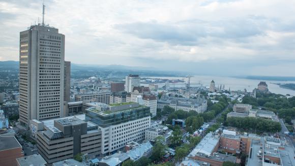 La ville de Québec connait un taux de chômage particulièrement bas et les entreprises se tournent vers la France pour trouver des salariés.