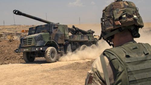 """Un parachutiste français """"tué au combat"""" dans la zone irako-syrienne, annonce l'Elysée"""