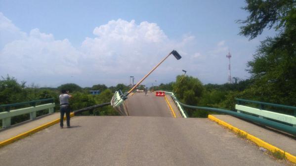 Mexique : cinq jours après le séisme, le difficile acheminement de l'aide d'urgence